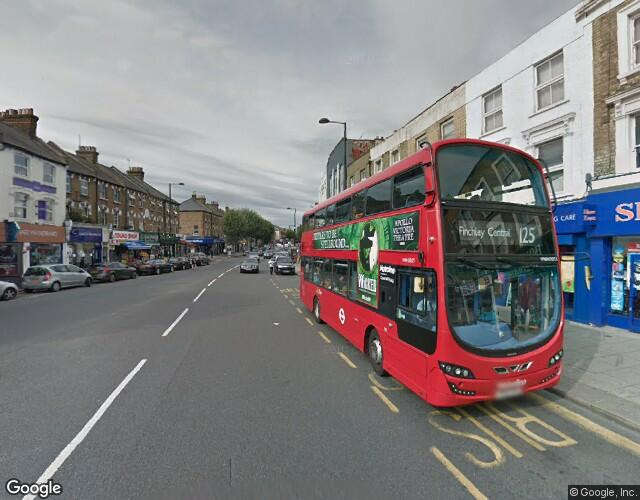 746, High Road, North Finchley, London, , London (N) - More details and enquiries about this property